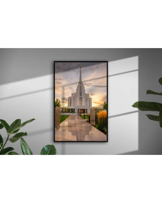 Reflections - Rexburg Temple (20 x 30 Framed Print)